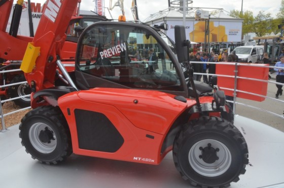 Manitou shows new baby telehandler