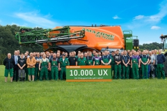 Amazone delivers 10,000th UX sprayer