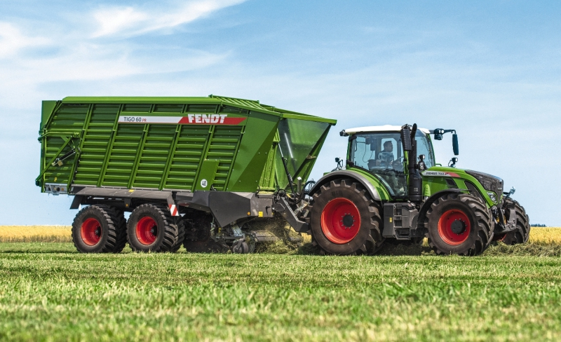 First outing for complete Fendt grassland line-up
