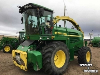 Ensileuse automotrice John Deere 7550 4WD SPFH SP FORAGE HARVESTER CO USA