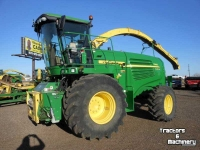 Ensileuse automotrice John Deere 7950 PRWD 40KM SP FORAGE HARVESTER CO USA