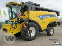 Moissonneuse batteuse New Holland CX 6090 Combine Mähdrescher