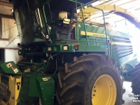 Ensileuse automotrice John Deere 7980 2WD PRODRIVE 40KM SP FORAGE HARVESTER CO USA