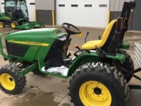 Tracteurs John Deere 4115 MFWD 410 LOADER COMPACT TRACTOR CO USA