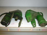 Pièces d'occasion pour ensileuses John Deere Stelmotoren / adjustment engines, centraal mes / stationary knive
