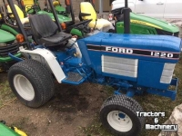 Tracteurs Ford 1220 4WD MINI COMPACT HYDRO TRACTOR ONTARIO