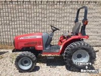 Tracteurs Massey Ferguson 1528 4WD HYDRO COMPACT TRACTOR ONTARIO