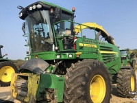 Ensileuse automotrice John Deere 7780 4WD SPFH FORAGE HARVESTER IL USA